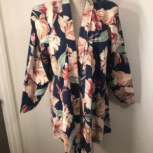 Vintage Jackets & Coats - Gorgeous vintage floral swing coat